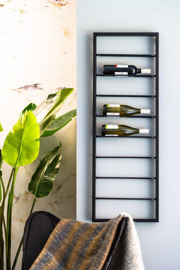6748212 Wijnrek zwart MACABEN 8flessen 42x6x120cm Quality2life.nl